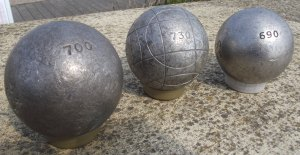 Comp boules weights