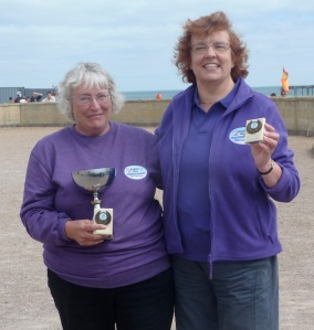 Women's Doubles Winners (L) Ann Wordsworth, Lisa Compton